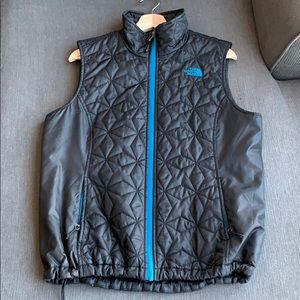 Large NorthFace quilted Vest